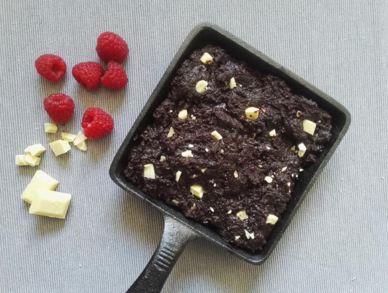 Brownie Mix für die Pfanne in Gusseisen Skillet