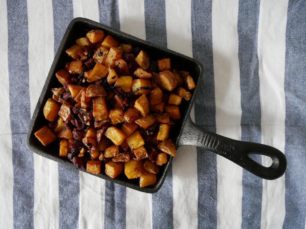Knusprige Kartoffeln mit Chorizo und Pico de Gallo