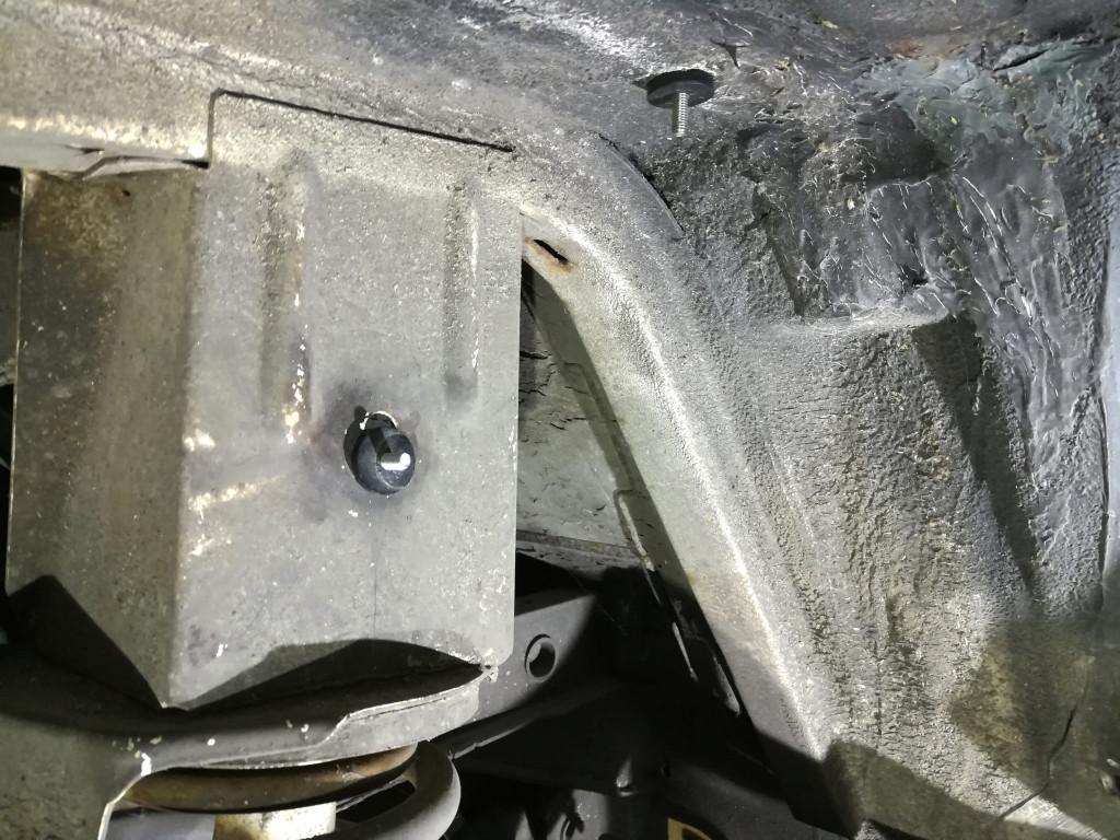 VW T3 Radhausschalen Hinterachse