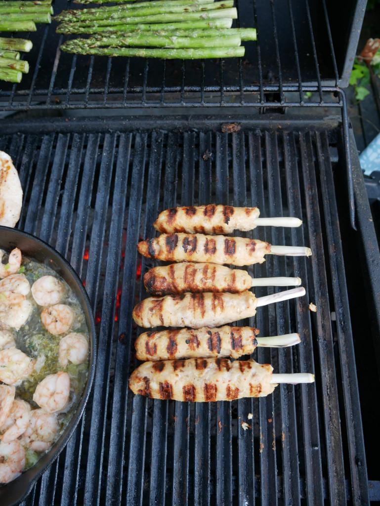 Fisch-Spieße auf dem Grill