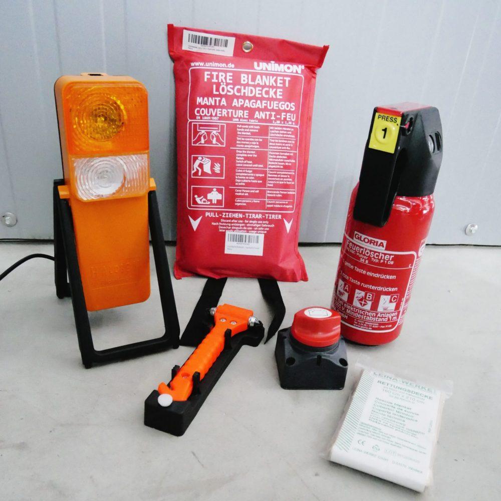 Feuerlöscher, Löschdecke, Warmlampe, Nothammer, Bulli Sicherheits Ausstattung